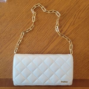 Bebe Quilted Chain Shoulder Bag (White)